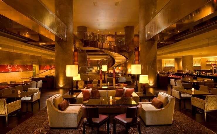 Hotel dining 20140613185515 lg pc